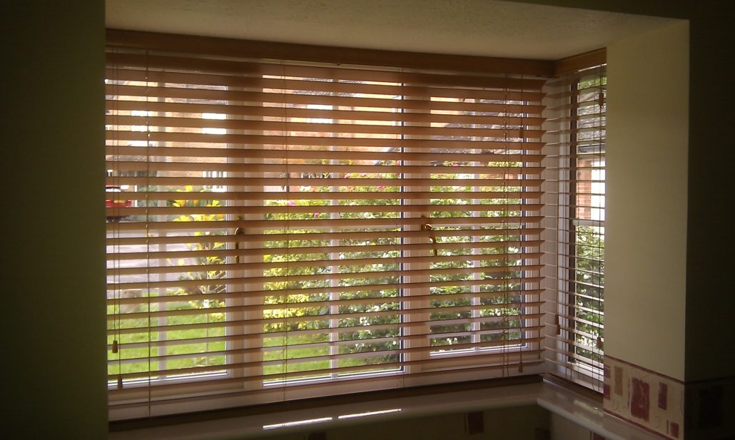 venetian blinds made wooden white aspiration measure in bolton to